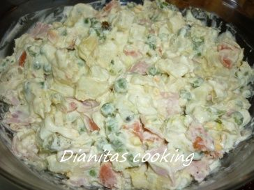 dianitas cooking: Ρώσικη Σαλάτα 8 Υλικά!!!!
