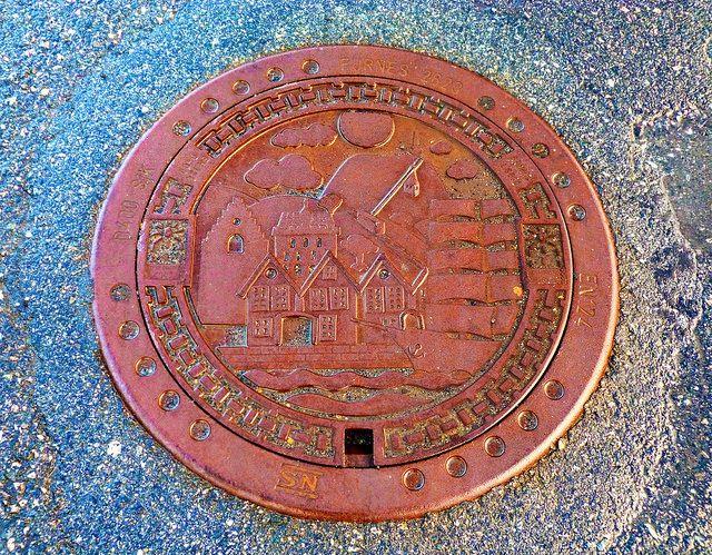 Manhole cover, Bergen, Norway - 08.03.2012 by Yuri Novitsky, via Flickr