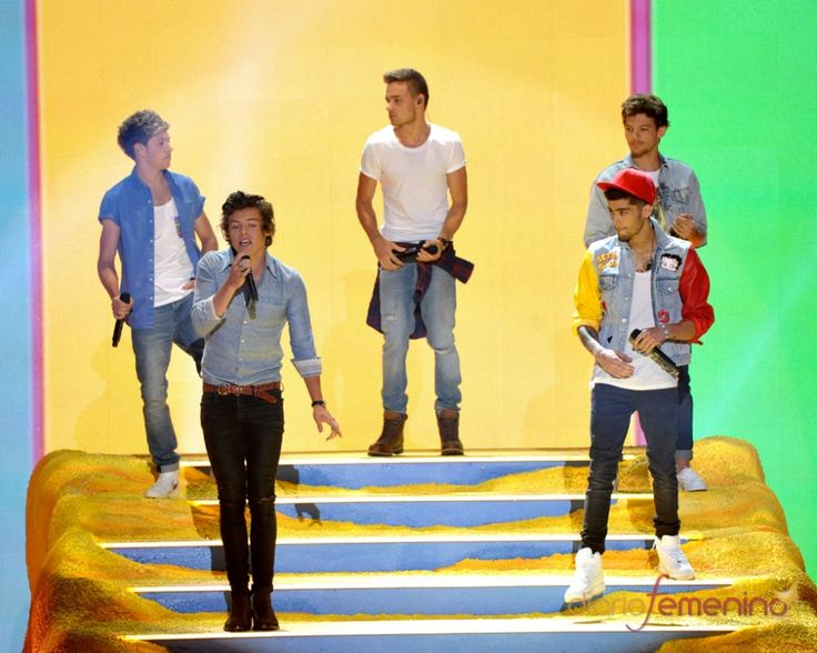 By Chorofila.jpg: Zayn Malik, Direction Performing, One Direction, Niall Horan, Teens Choice Awards, Liam Payne, Tcas 2013, Louis Tomlinson, Harry Style