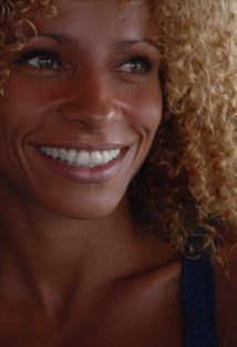 Michelle Hurd  - The Glades - AETV - Season Premiere Mon. May 27