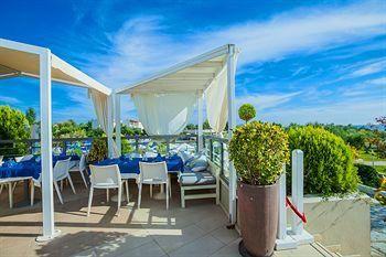 20% отстъпка за ранни записвания за лято 2014 в Гърция - хотел Anastasia Resort & Spa, Касандра, Халкидики. Настаняване на база закуска и вечеря. Резервирайте изгодно Вашата почивка!