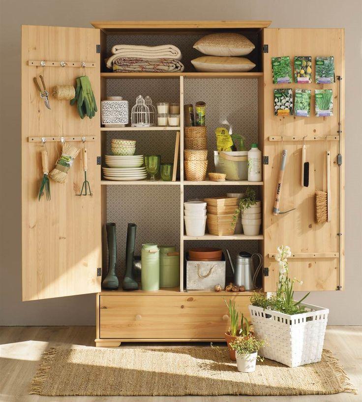 Armario para guardar los objetos y utensilios de la terraza (artículo EM651 El mismo armario, tres usos)