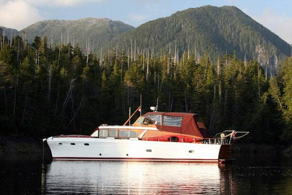 1949 Chris Craft 52 Conqueror Motor Yacht From Craigslist Chris Craft Boats Classic Boats Cool Boats
