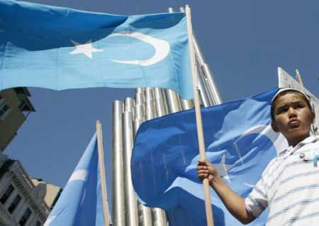 Büyüyen Çin'in Küçülmeyen Meselesi: Doğu Türkistan - http://www.turkyorum.com/buyuyen-cinin-kuculmeyen-meselesi-dogu-turkistan/