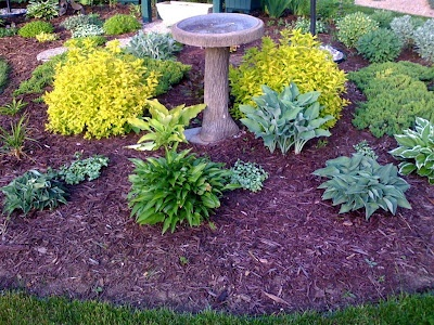 124 best garden design round beds images on pinterest for Round flower garden designs