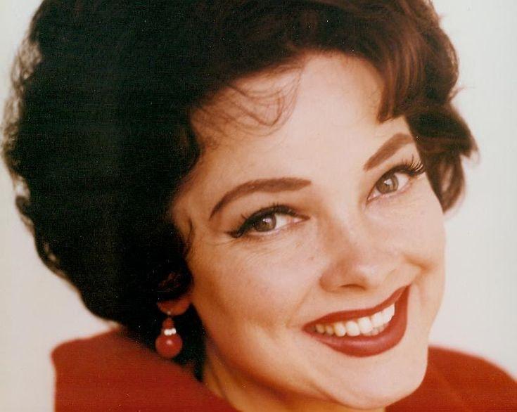 Nascida Zelma Kathryn Elisabeth Hedrick em Winston-Salem, Carolina do Norte, no dia 09 de Fevereiro de 1922, Kathryn Grayson é uma...