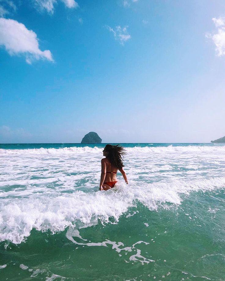 Înscrierile în concursul pentru marele premiu, vacanța în doi în #Martinique, se apropie de final, mai sunt doar 4 zile! http://noul.esky.ro/concurs/ #sealovers #oceanslovers #exotic #bestbeach #islandlife