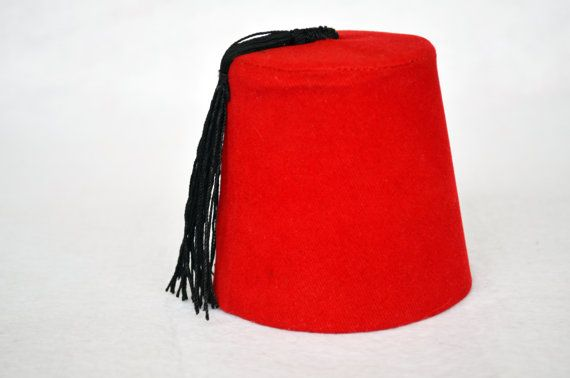 *** ***Mini FEZ ! Doctor Who Fez Hat Fezzes Are Cool - Eleventh Doctor Matt Smith Fez Perfect gift for Doctor Who fans!!! Dress Up Like Doctor Who , Because Fezzes Are Cool! :)  This mini fez is perfect for decoration , also fits good on cats and little dogs...also babies. ***For Real Size Fezzes and Other Doctor Who Products : https://www.etsy.com/shop/PrettyTurkishThings?section_id=13187919  Thank you :)   DELIVERY: The fez will be send in carton box.  Orders will be shipped via Registered…