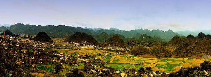 Couple mountain in Ha Giang