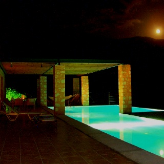 Full-moon from villa's Neptune swimming pool.  #elafonisivillas #villas #fullmoon #swimmongpool #crete #greece #holidayrentals