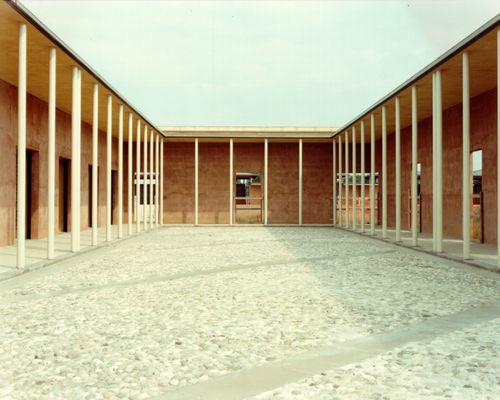 Studio Aldegheri Xquadra . cimitero di Roncaglia a Ponte San Nicolò, Padova