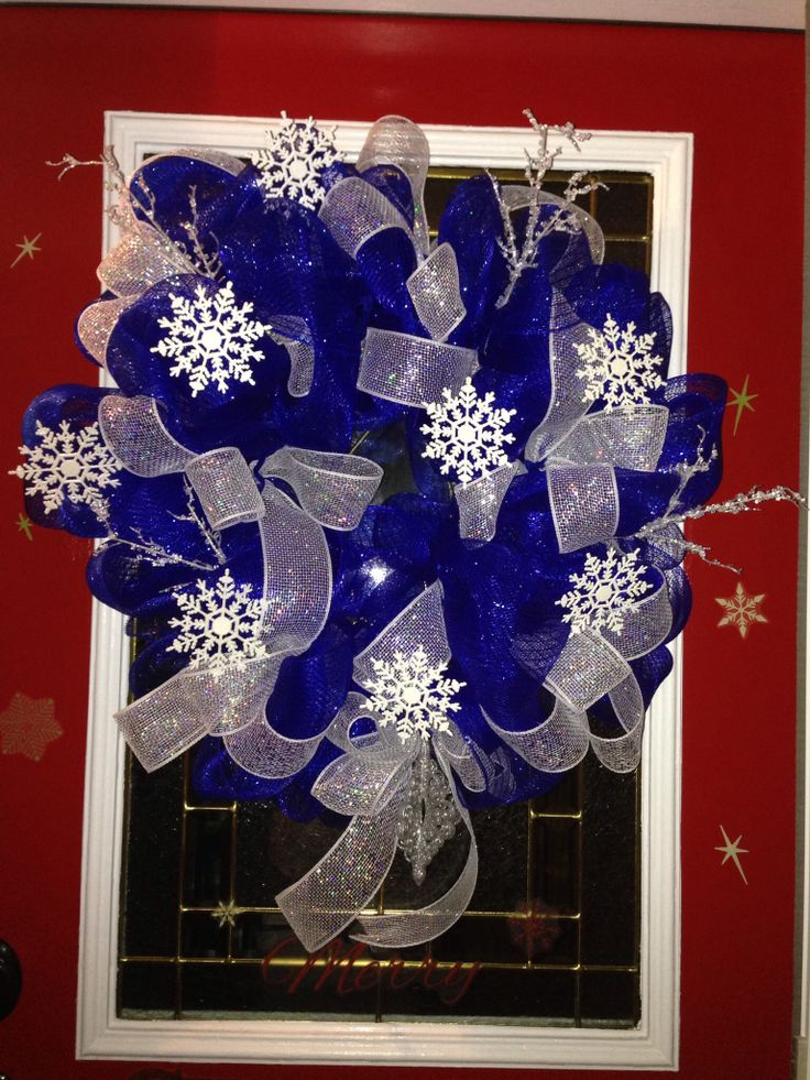 Winter Deco Mesh Wreath---my first attempt!
