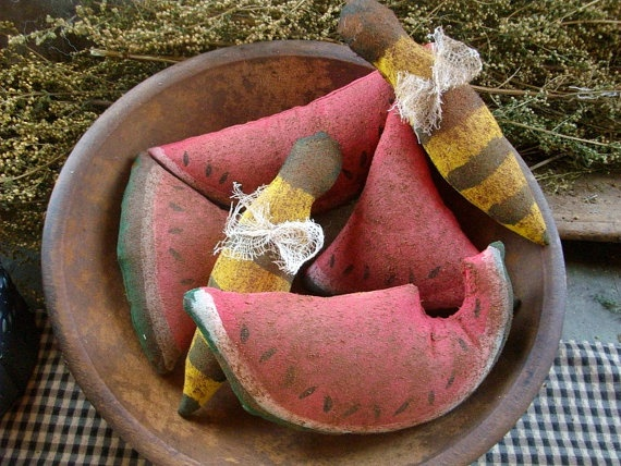 Primitive watermellon and bees bowl fillers