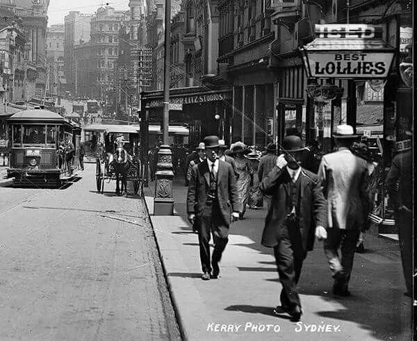 King St,Sydney in 1900.Looking west towards Pitt and George Sts. Powerhouse Museum.