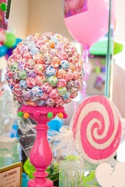 Lollipop bouquet.