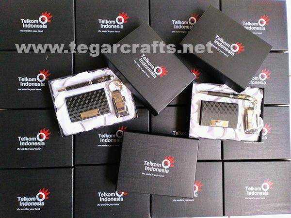 Gift set 3 in 1, SH8119 ordered by PT Telkom Indonesia, Jakarta Indonesia. November 14, 2017