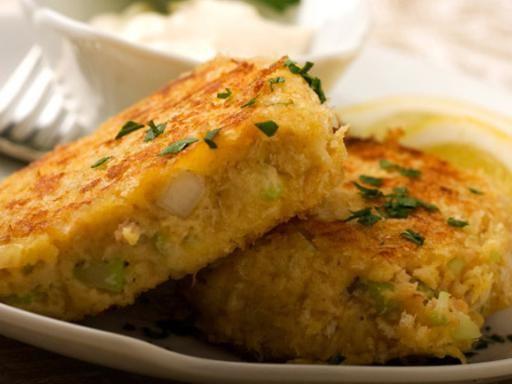Recette Croquettes de poisson, sauce poisson, notre recette Croquettes de poisson, sauce poisson - aufeminin.com