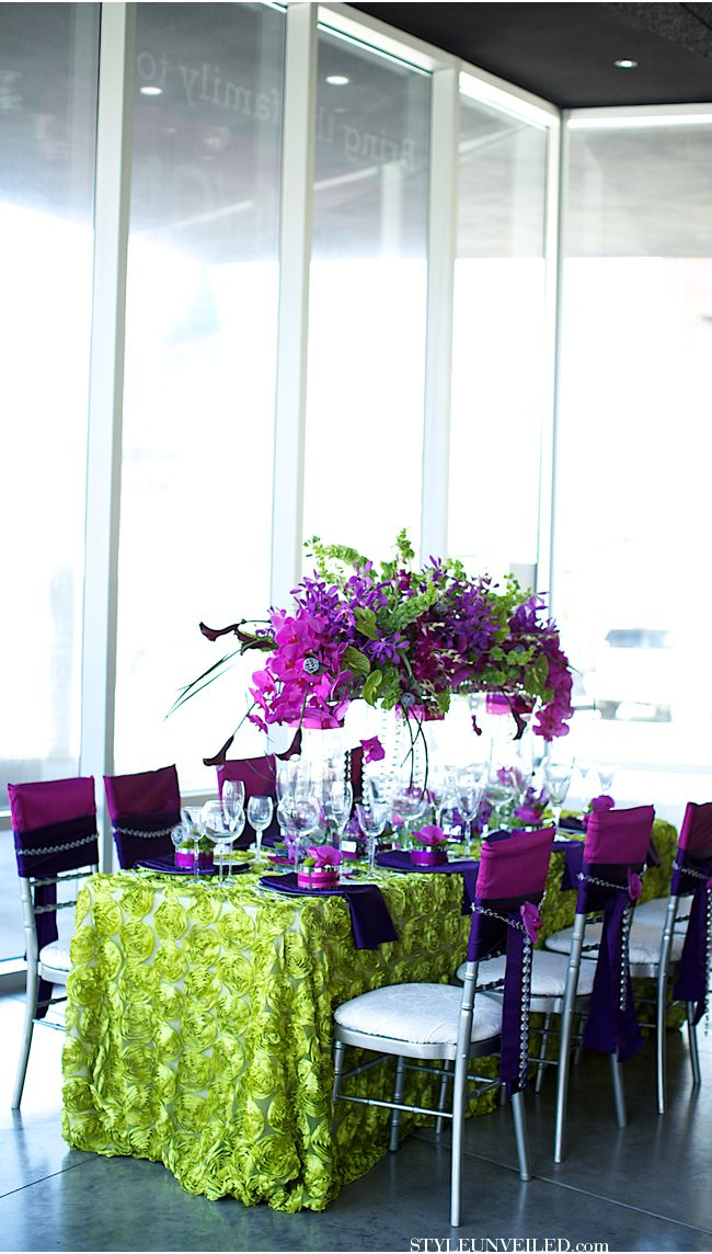 Nevada Museum of Art Wedding Venue / Modern Green and Purple Wedding Details / Jeramie Lu Photography / via StyleUnveiled.com