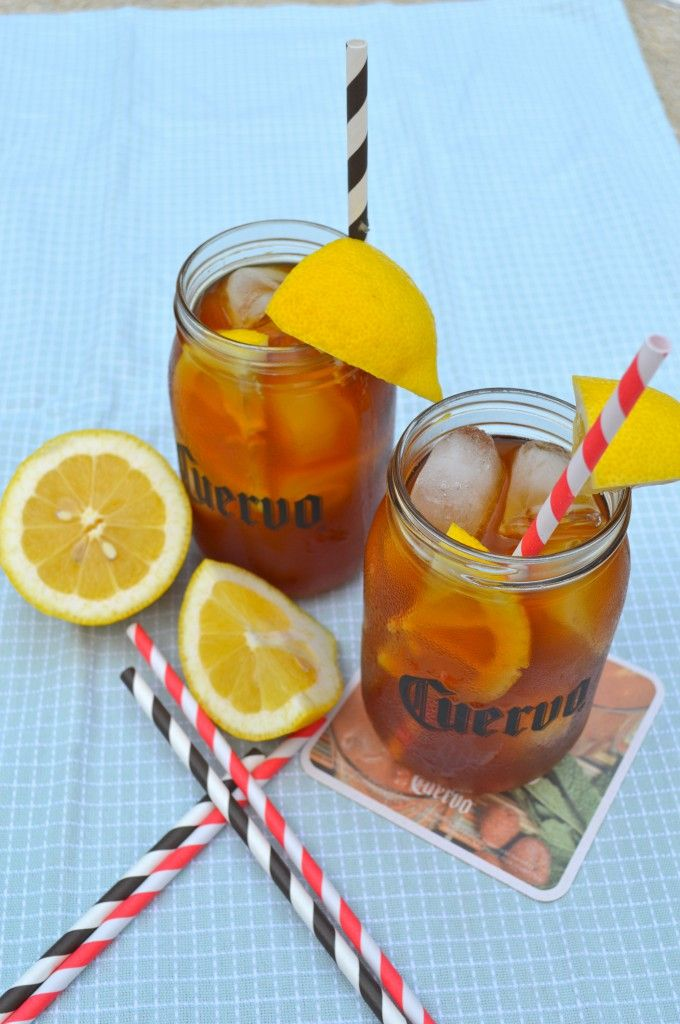 Summery Jose Cuervo Iced Teagarita™ drink is just a simple pour and serve drink. Great for pool or lake! #Drink #Recipe