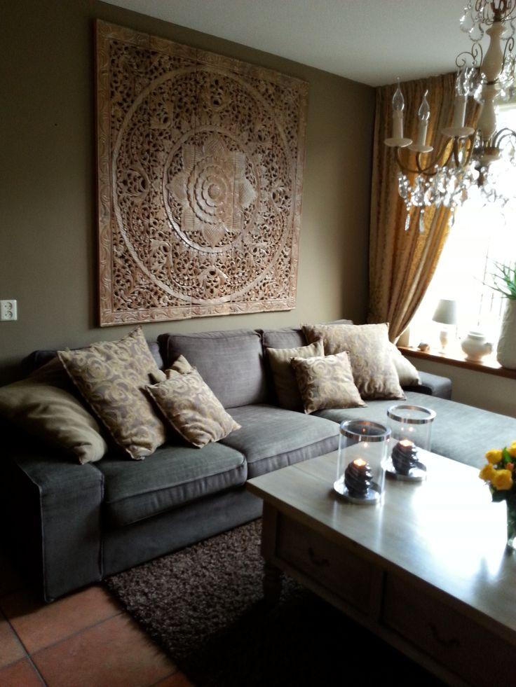 SIMPLY PURE Houtsnijwerk wandpaneel 150x150 cm White Wash in woonkamer...simply beautiful.