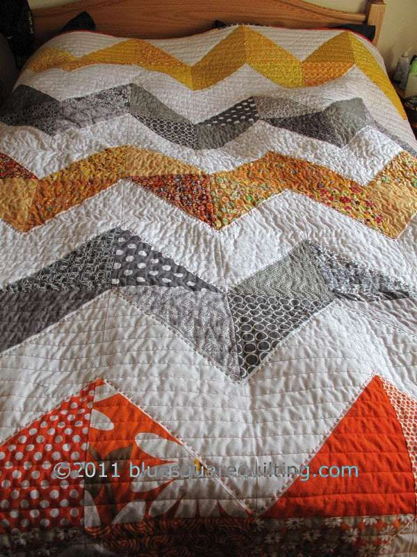 quilt beauty. chevronZig Zag, Blue Squares, Big Zig, Quilt Ideas, Big Zag, Zag Quilt, Chevron Quilt, Zigzag, Quilt Pattern