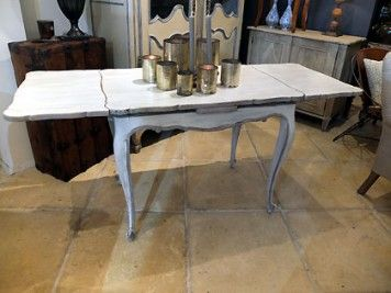 French Drawer Leaf Dining Table
