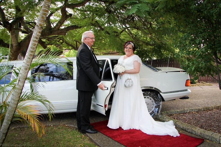 Nicole & Paul with our Classic Mercedes Stretch Limousine