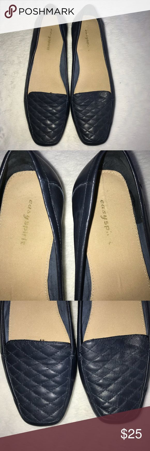 Easy Spirit Womens Shoes Slip On Navy Blue Size 8W Easy Spirit Womens Shoes Style Jessas style Slip On Loafers Leather Navy Blue Size 8W. In good used condition. Only worn a few times. Easy Spirit Shoes Flats & Loafers