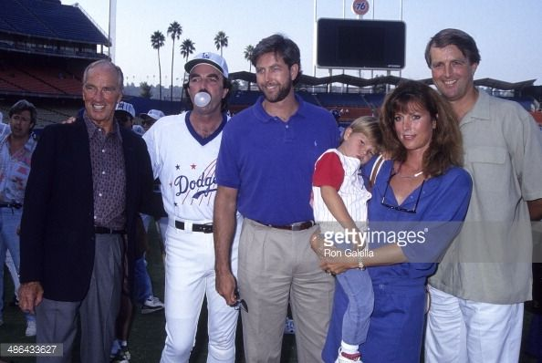 Aug. 22, 1992 Actor Tom Selleck father Robert brother Daniel sister Martha and son Logan and brother Robert Jr attend the 35th Annual 'Hollywood Stars Night'...