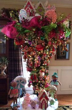 1000+ ideas about Upside Down Christmas Tree on Pinterest ...