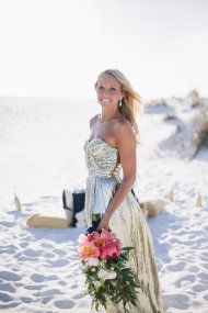 It took about 2.5 seconds for me to fall madly in love with this gorgeous Destin Beach shoot from Simply Sarah Photography, and after that it was a full-blown love fest from start to finish.  I'm talking legitimate drooling over the fab stylings of Elisa Event Design, crazy cool paper goods from Lauren Chism Fine Papers and a […]
