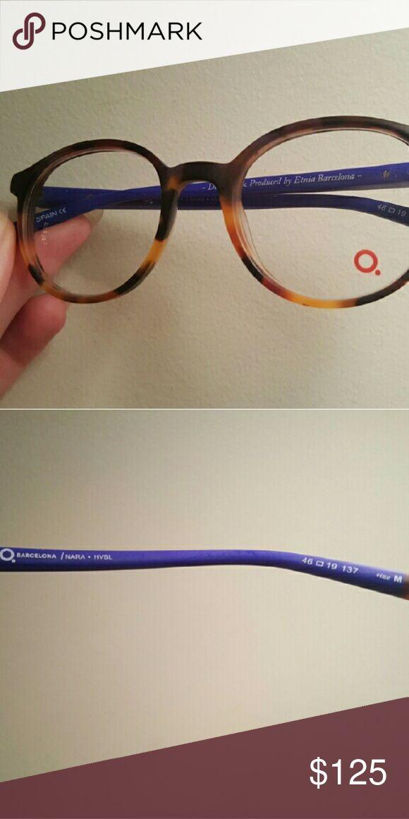Etnia Barcelona Nara Frames Excellent condition, non-perscription lenses. Designer hard case included. Etnia Barcelona Accessories Glasses