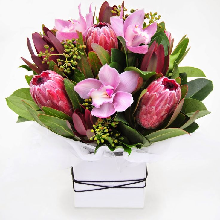 Urban Flower: 5 Elegant Choices for Easter Flowers 2015