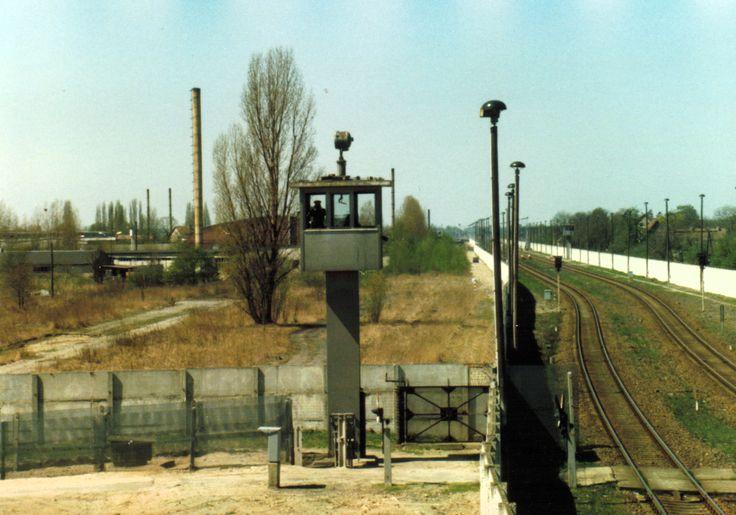 Duty train stop before entering into West Berlin.