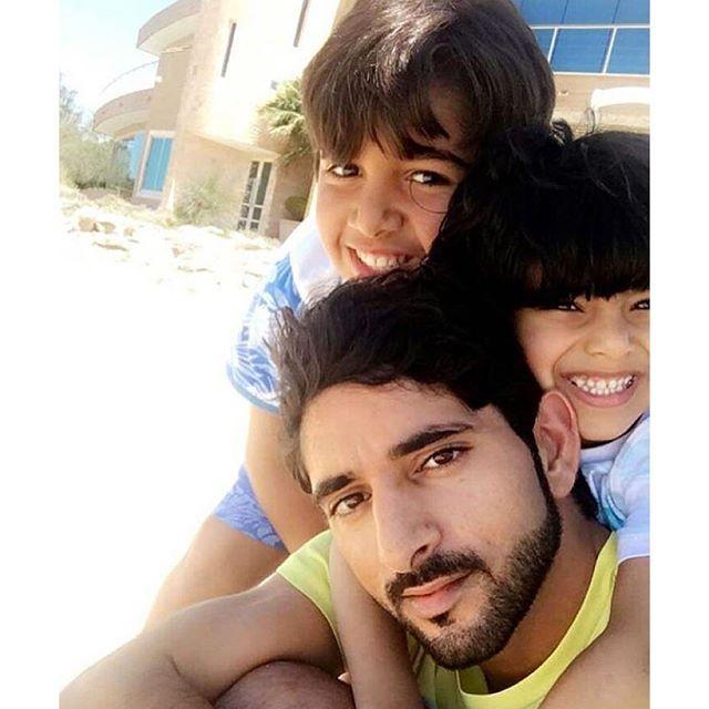 Mohammed bin Rashid bin Mohammed Al Maktoum, Hamdan bin Mohammed bin Rashid Al Maktoum y Mohammed bin Ahmed bin Jaber Al Harbi, 03/04/2016. Vía: maryam_mr_al_maktoum