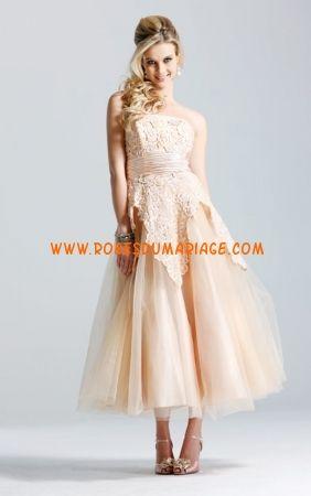 Faviana Blanche belle robe de mariée bustier longueur mollet organza