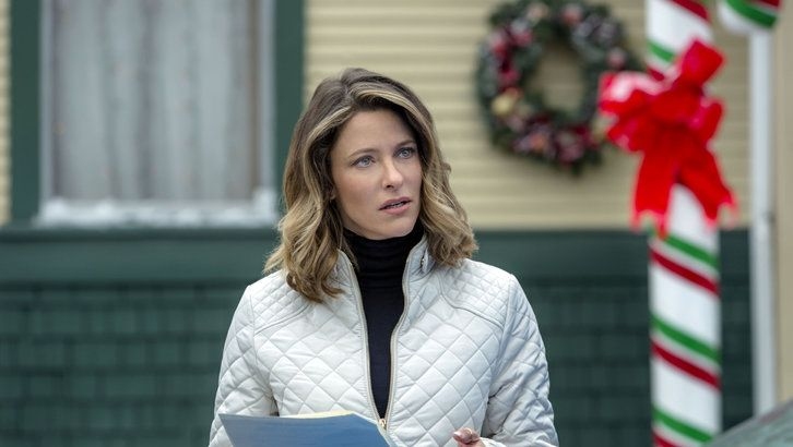 Jill Wagner is happy to make 'Christmas Cookies' for Hallmark Channel