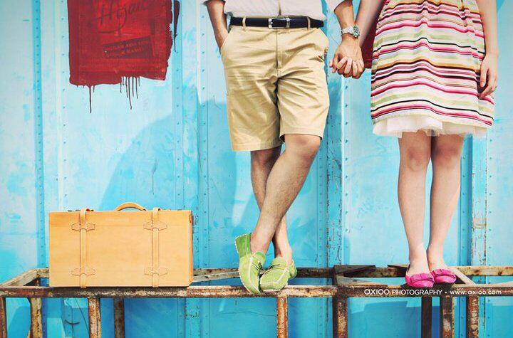 Cute couple casual engagement idea