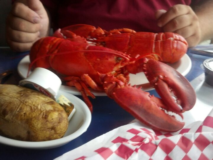 Lobster Boat Restaurant In West Yarmouth Ma