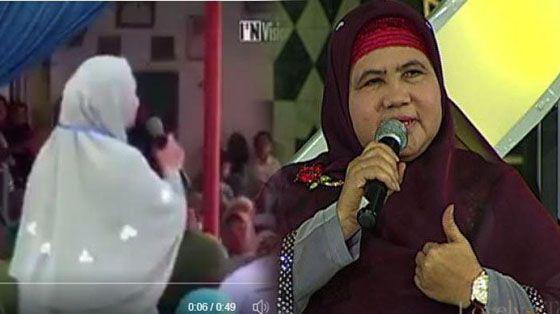 Video Viral: Ibu Ini Langsung Kena Semprot Mamah Dedeh Saat Mau Curhat