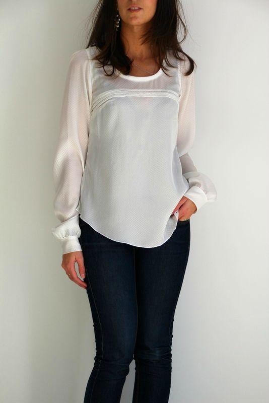Petite blouse blanche - Mix entre robe Aubépine (pour le haut) et le top Datura (pour le bas) - By Sandra Hand