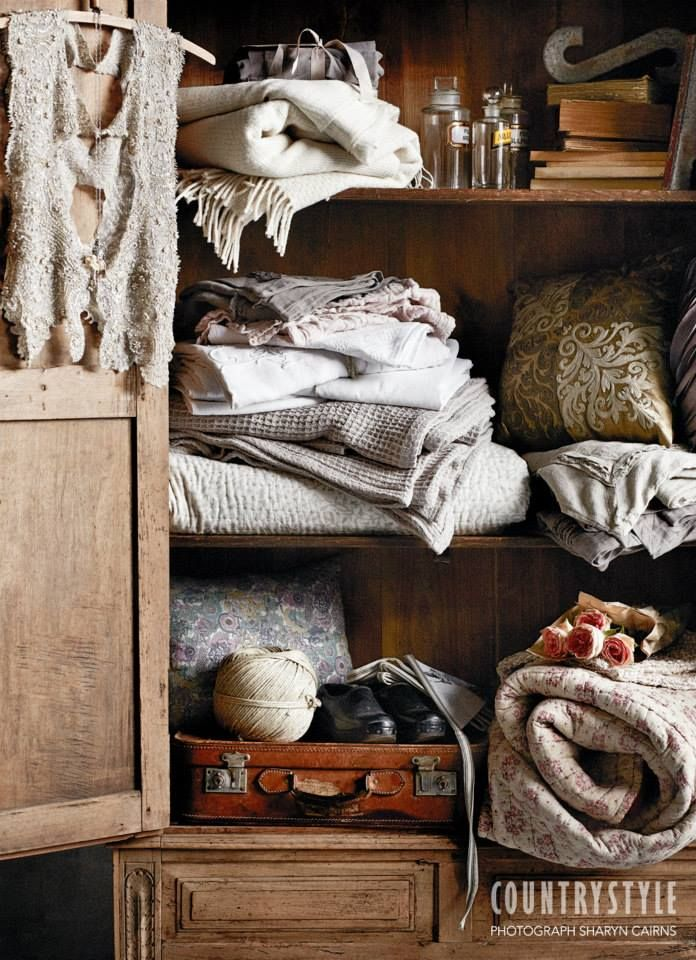 Country Style magazine. As the weather gets cooler, make your bedroom inviting with pretty vintage quilts and warm woollen throws. Styling Indianna Foord, photography Sharyn Cairns #bedding #decorating #countrystyle #linencupboard