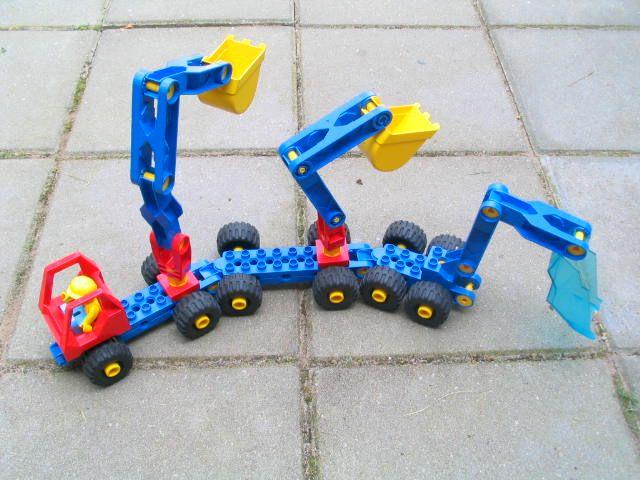 lange auto van lego toolo - soort technisch duplo
