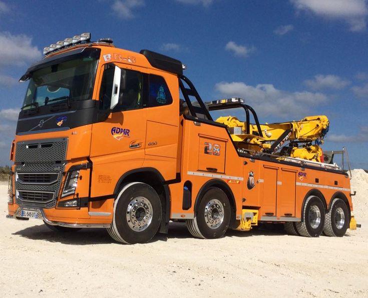 VOLVO FH12 650hp 8x4 tow wrecker