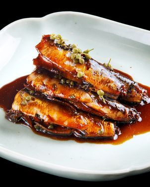 JAPANESE HOME COOKING: Cooked slowly, richly-flavored sardines can be enjoyed to the bone - AJW by The Asahi Shimbun