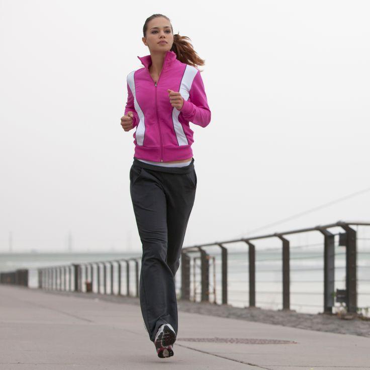Keep Your Pace With a Rocking 10K Playlist-- destination races half marathon running