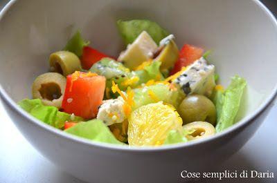 Клубника и базилик: Салат с апельсином и сыром с плесенью/Insalata con...