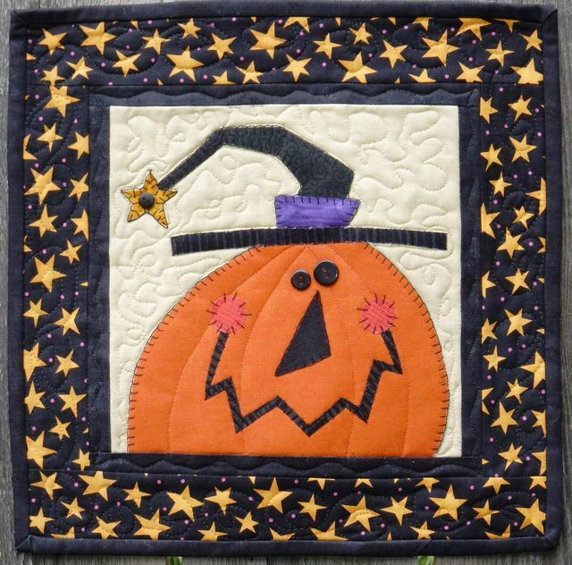 """Feeling Witchy"" quilt pattern by Lynn Doyle at Bloomin' Minds"