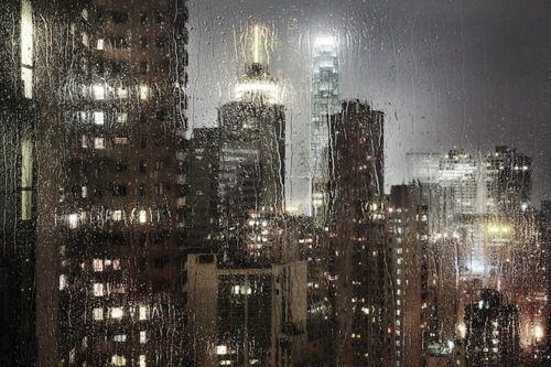 Lueve, llueve en el suburbio II