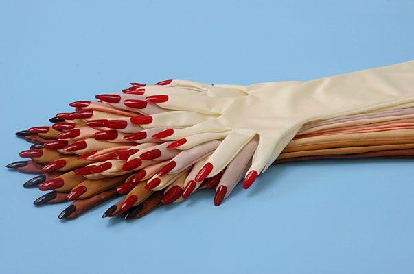 aurora reinhard: Inspiration, Artificial Nails, Red Nails, Nails Ideas, Gloves, Help Hands, Flowers, Cool Stuff, Enamels